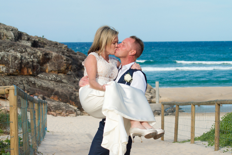 Amanda + Gavin Married xx North Burleigh beach wedding  14