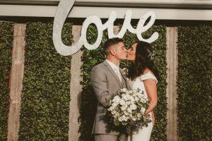 Amy & Steve- Married xx Austinvilla Estate  43